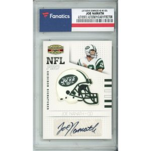 Autographed New York Jets Joe Namath 2010 Panini Gridiron Gear #2 #21/25 Card – Panini